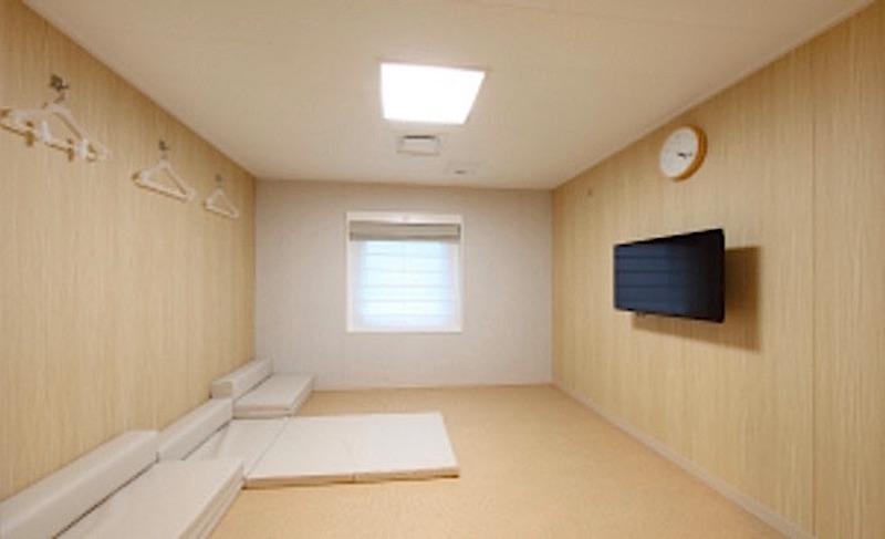コンフォート(4名x7室)