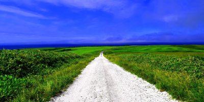 白い道(宗谷丘陵)